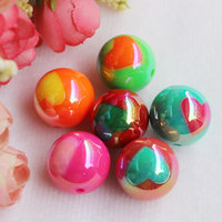 Wholesale 20MM AB Colorful Acrylic Round Beads With Heart Pattern Chunky Bubblegum Heart Beads
