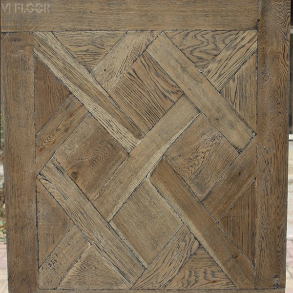 French Oak Distressed Engineered