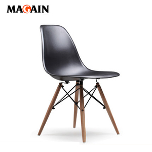 Best Price Modern Office Restaurant Living Room Dining PP Plastic Chair With Solid Wood Legs