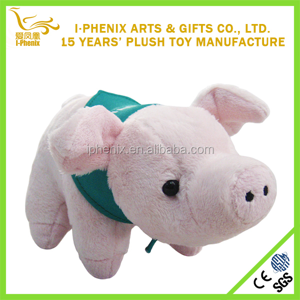 New design lovely plush pink pig with green scarf for festival gifts