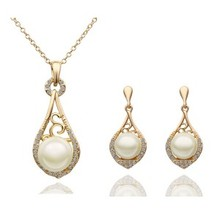Exquisite Handmade Jewelries Teardrop Pendant Tray Ball Pearl Necklace Earring Sets For Girls