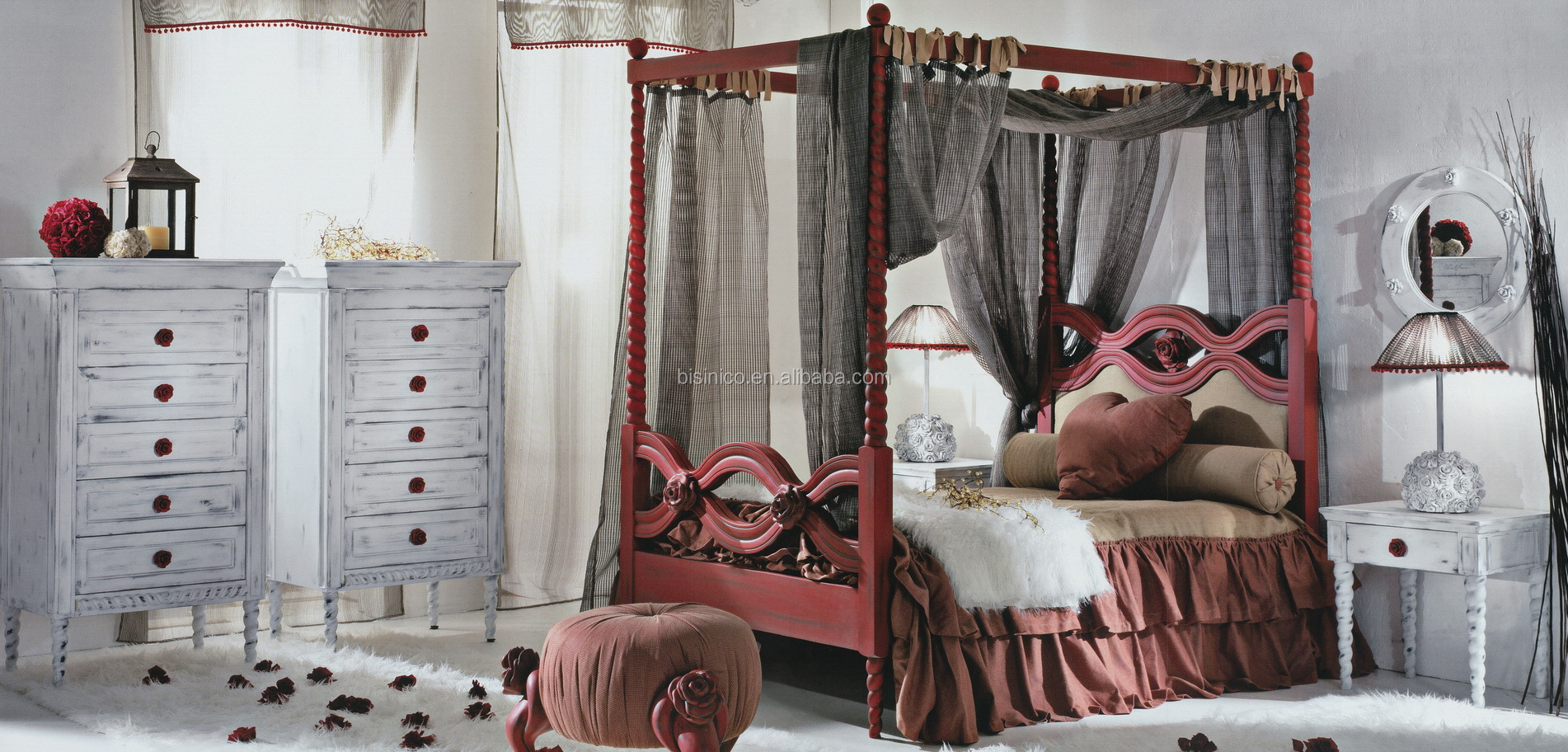 Red And White Roses Decorated Wood Engraved Canopy Bed Furniture Vintage Antique Bedroom Set Buy Antique White And Red Distressed Bedroom Furniture Roses Decorated Bedroom Set Wood Engraved Canopy Bedroom Set Product On Alibaba Com