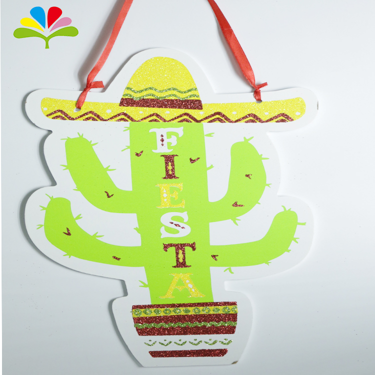 Cute tree design  wooden wall hanging decor