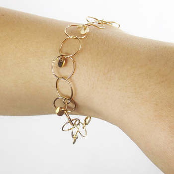 European Style Circle Connected Custom New Gold Bracelet Designs For S