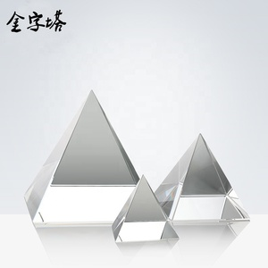 Wholesale Cheap Clear Crystal Crafts Glass Paperweight custom 3D Laser Engraving Crystal Pyramid for Business gifts
