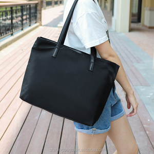 Manufacture Direct Sale Free Custom Logo New Trendy Attractive design Women Black Tote Bag PU leather Lady Hand Bag