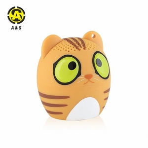 2018 Promotion Gift Tiny Cute 3W Loud Speaker Clear Sound Audio Hand free Wireless TWS Animal Cat Shaped Speaker with Mic