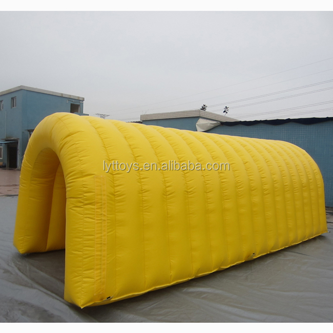 Customized inflatable unique camping tents inflatable car garage tent