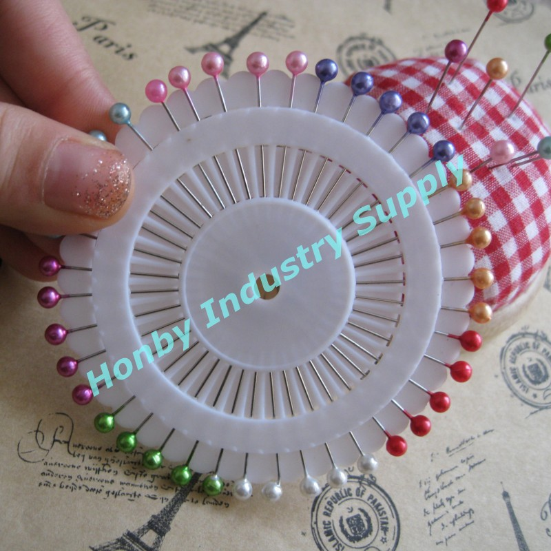 Gifts & ambachten decoratieve 38mm plastic bal hoed pins