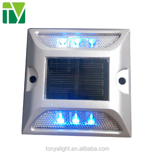 shenzhen waterproof IP68 solar road traffic light reflector