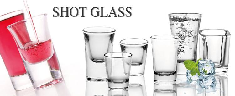 Bleu logo personnalisé conception pas cher 2 oz esprit vodka coupe verre avec impression pour bar, fête, cadeau