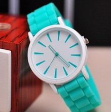Top quality New Fashion Designer Ladies sports brand silicone watch jelly watch 15 colors quartz watch for women 200pcs
