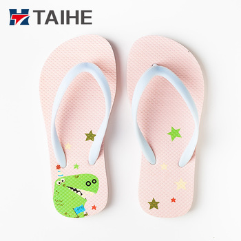 a2abd18aeb5e 2018 Girl Child Recycled Cute Slippers Cartoon Rubber Kid Flip Flop ...