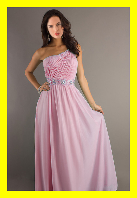 Your dress can be booked months in advance, in which all we require is a 50% deposit, to ensure that the dress is exclusively yours. We also offer the option of leaving the store that very same day with your garment in hand ready for .