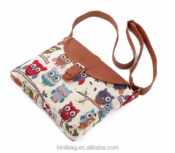 15142de1ca3 Zomer Vrouwen Messenger Tassen Flap Bag Lady Canvas Cartoon Uil Gedrukt  Crossbody Schoudertassen Kleine Vrouwen Handtassen