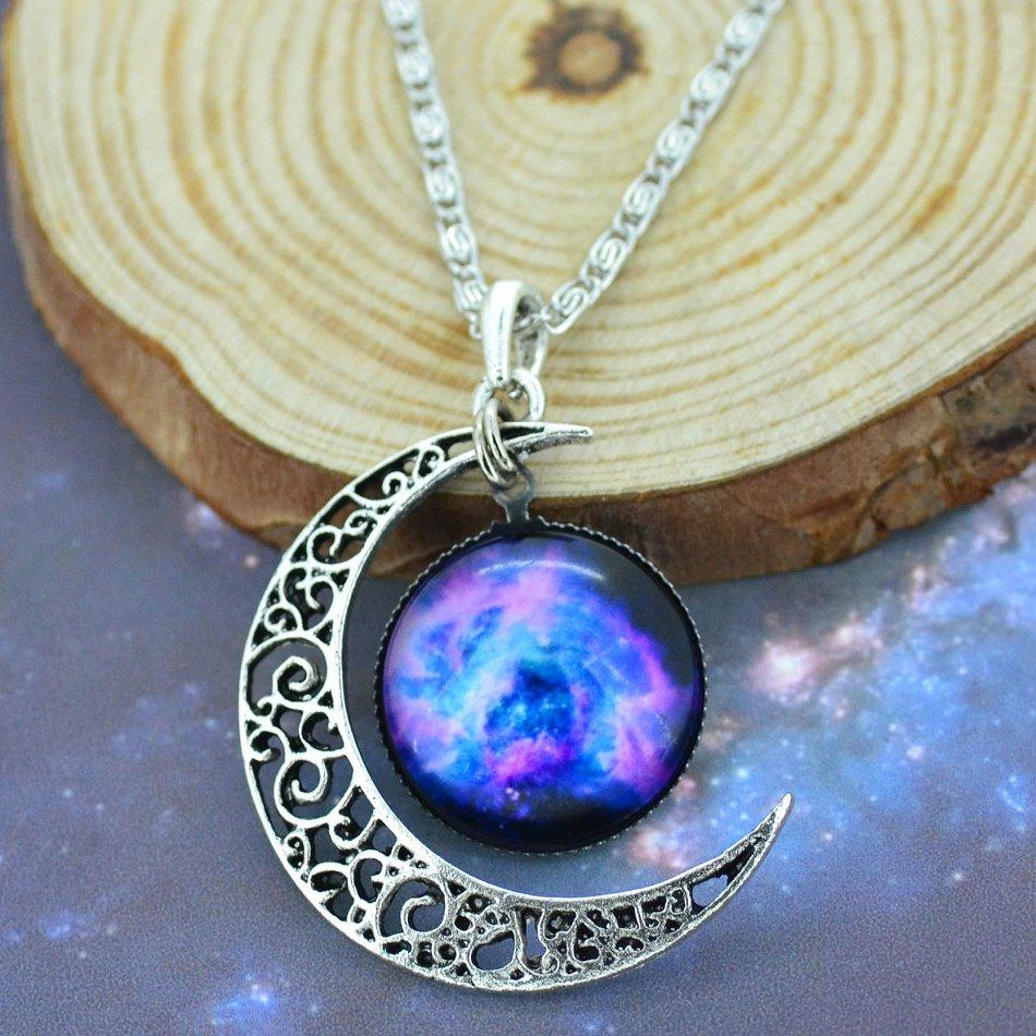 nebula moon necklace - photo #31