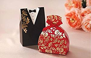 Cheap chocolate candy gift boxes find chocolate candy gift boxes get quotations saitec pack of 100ps black red paper chocolate boxes bride and groom wedding favors negle Gallery