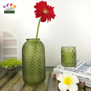 Factory directly wholesale fancy wedding decoration glass vase