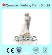 European Style Bride and Groom Resin Figurines Wedding favors Cake Decoration