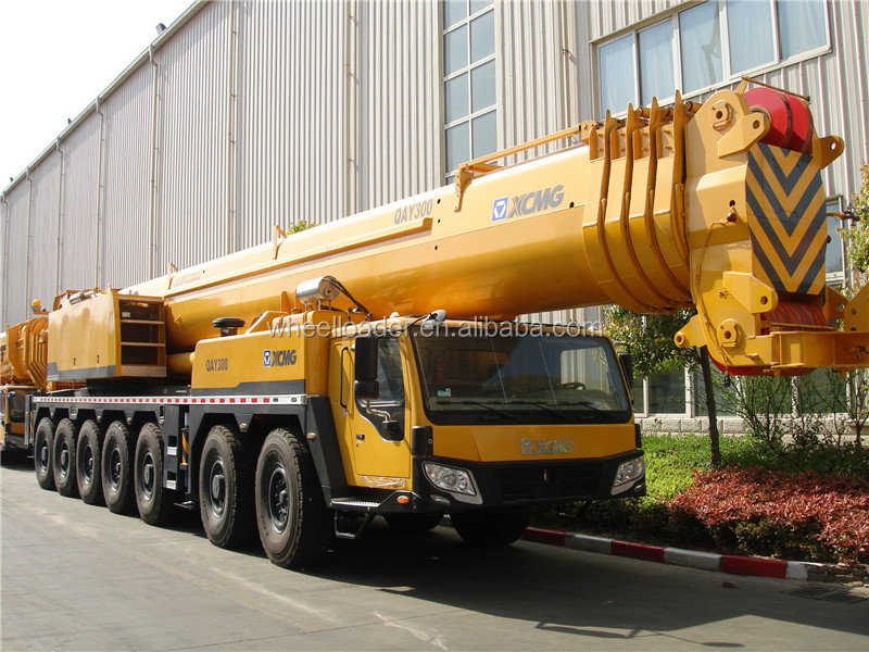 Heavy lifting machinery QAY300 all terrain crane 300ton price