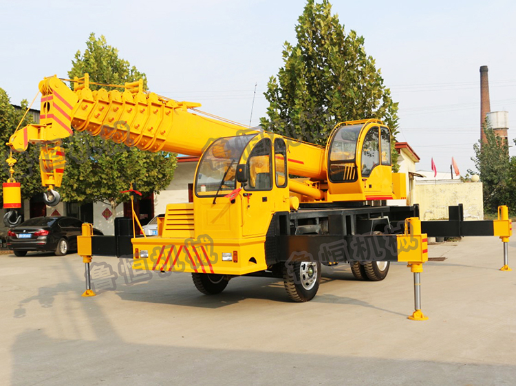 3ton-16ton hydraulic truck crane with telescopic boom