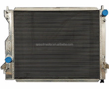 Auto aluminum radiator for FORD MUSTANG 2005+
