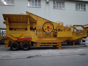 Aggregate trailer type Mobile stone crusher and screen plant