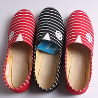 Young Girl Canvas Shoes Women Canvas Shoe / Flat Casual Shoes