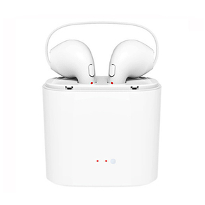 2018 New Arrival BT Earphone Dual Headset Wireless Radio Earbuds TWS I7s Mini Earphone With Mic Charger Box Earbuds