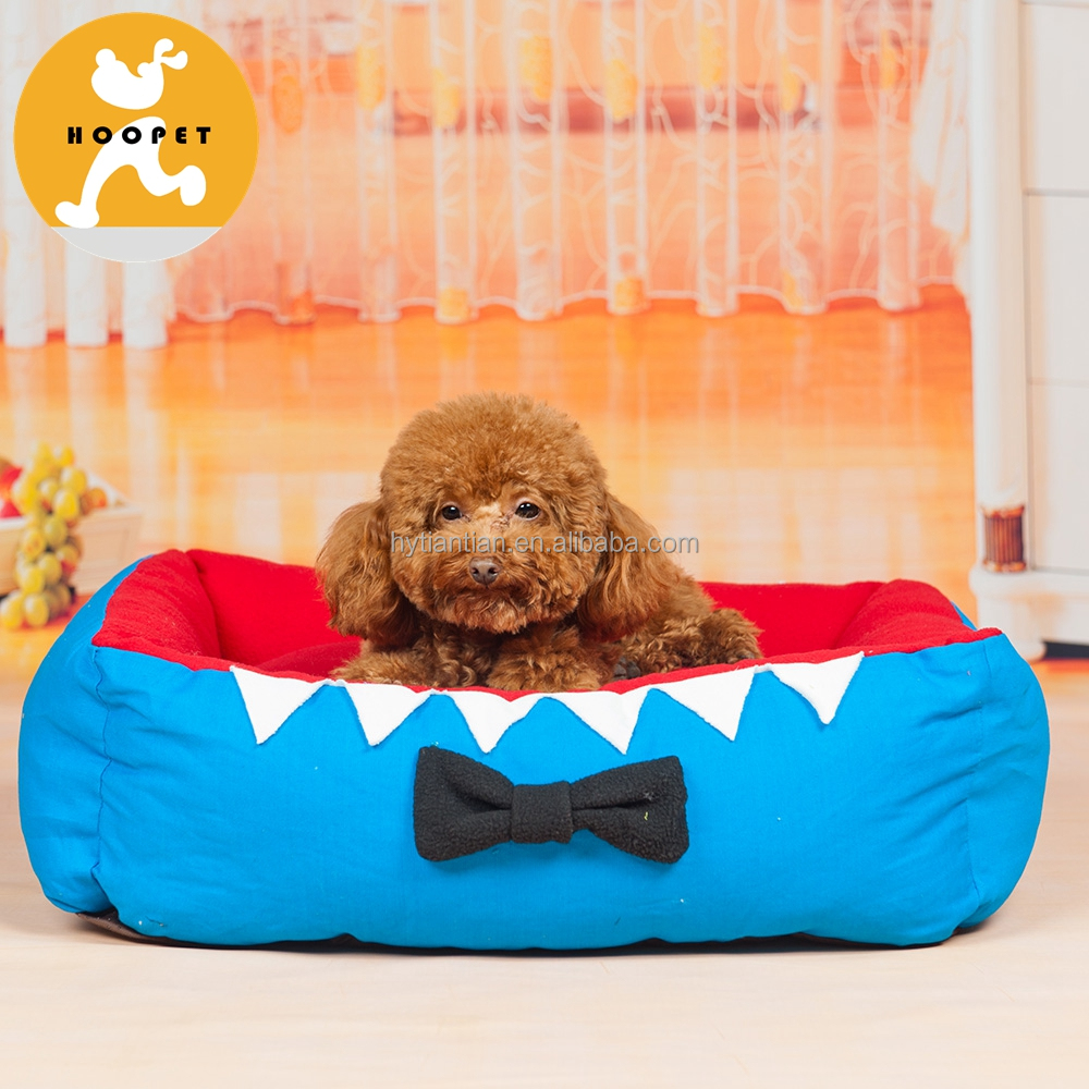 Hoopet vivid bright color cedar chip dog bed