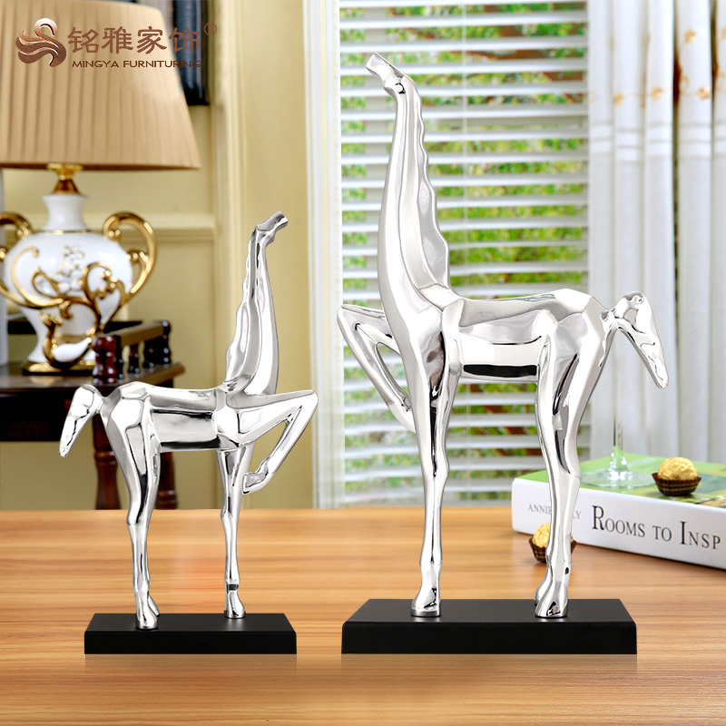 Custom crafts art miniature resin horse sculpture for office table decoration