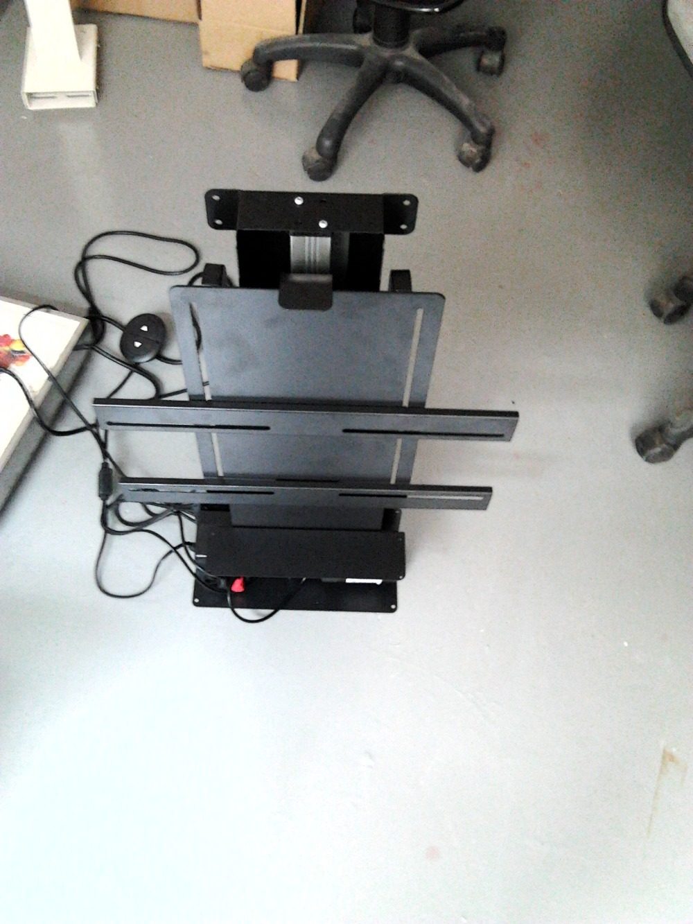 Guangzhou factory 32 52 inch motorized tv lift swivel for Motorized tv lift with swivel
