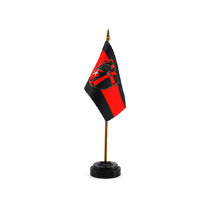 Factory Wholesale Small Polyester National Table Top Flag