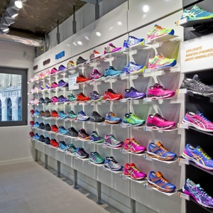 LY Professional customized sports shoe display rack for brand shoes shop decoration