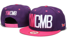 2013 New 3d 자수 Fitted Football Base 공 Hats 및 야구 Brand-Name 스포츠 Ymcmb Snapback 캡