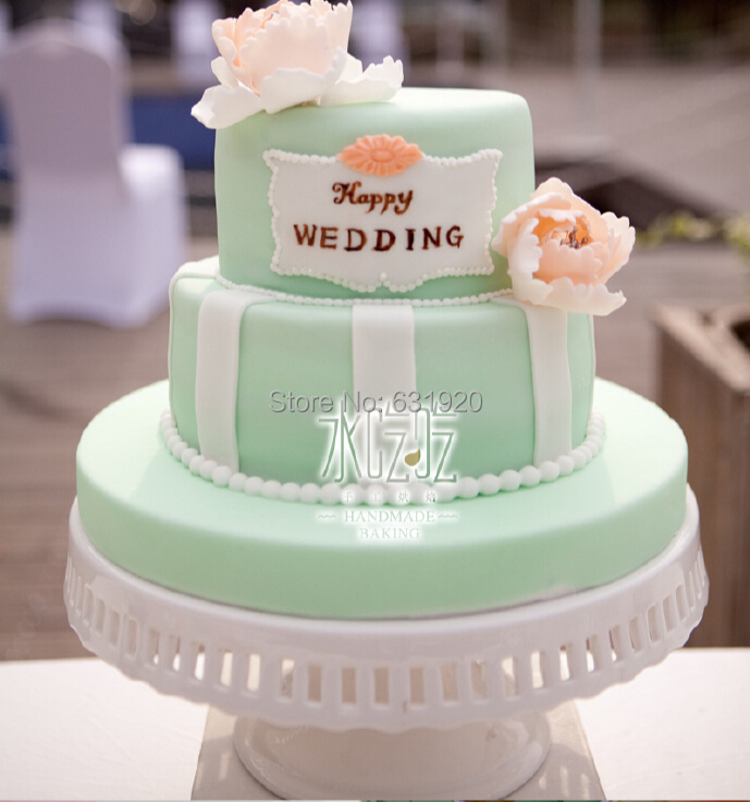 White Ceramic Wedding Cake Stands
