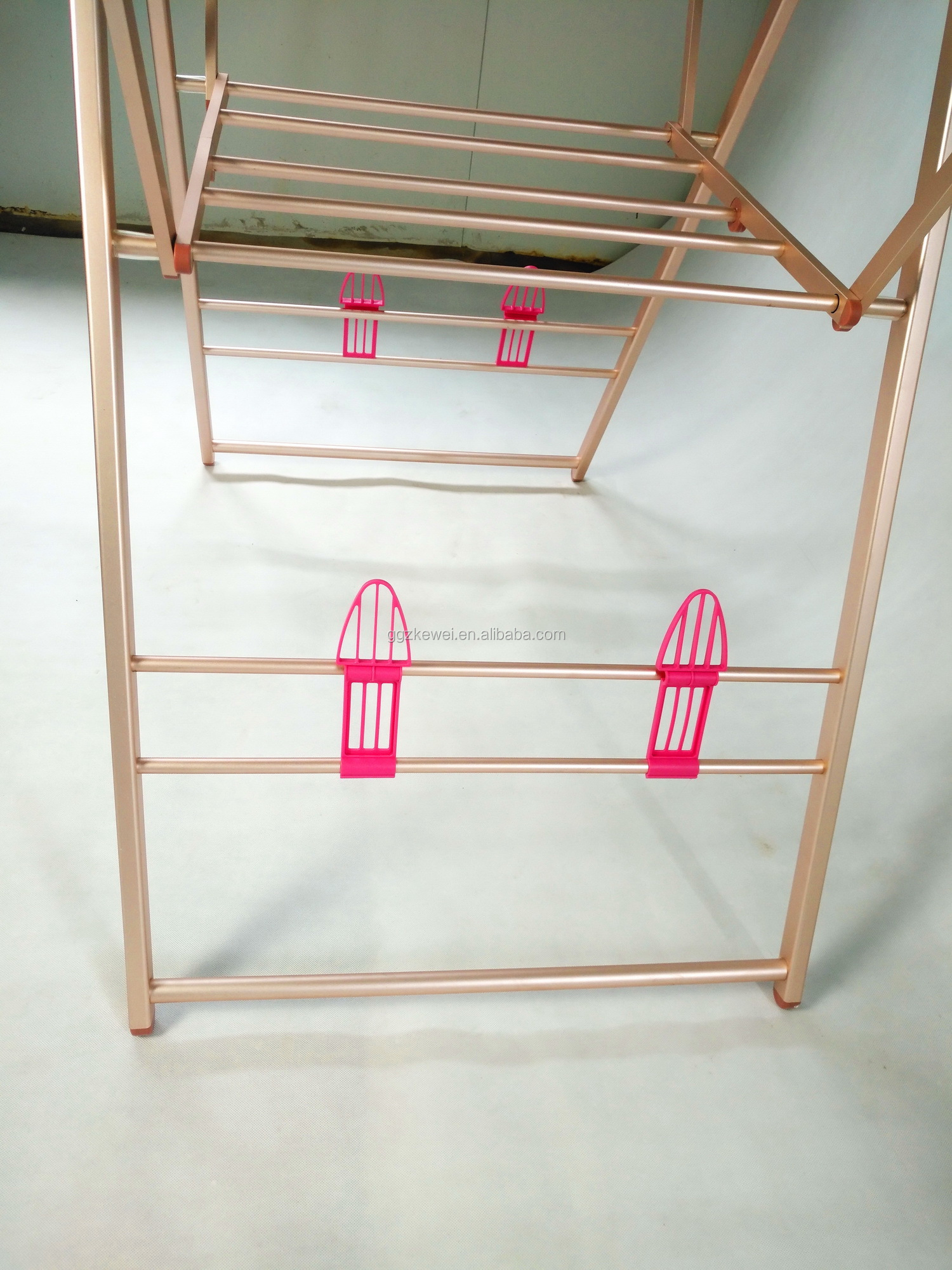 Aluminium Floor Folding  Clothes Drying Rack In Pink With Hangers And  Horseshoe, Manufacture Hotsale Items