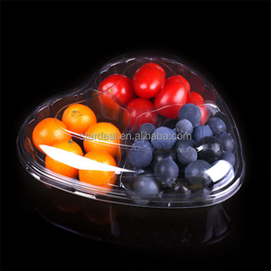 Wholesale factory fruit vegetable packaging tray 3 compartment disposable salad tray heart shape packing boxes