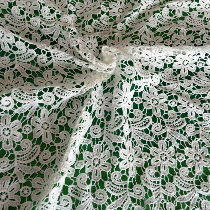 China Factory High Quality Guipure Lace Fabric Embroidery
