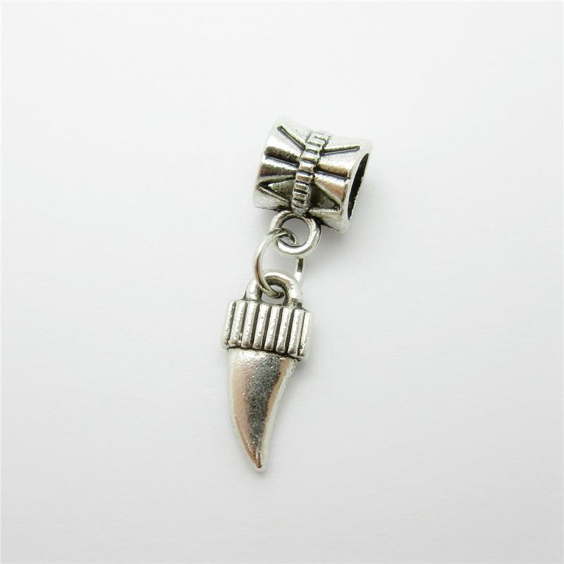 d51ea09a676d Ancient silver 25pcs wolf s fang charms bead fit Pandora bracelet pendants  DIY - us595