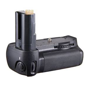 Kingzer Pro Vertical Battery Grip with battery holder for Nikon D80 D90 Camera