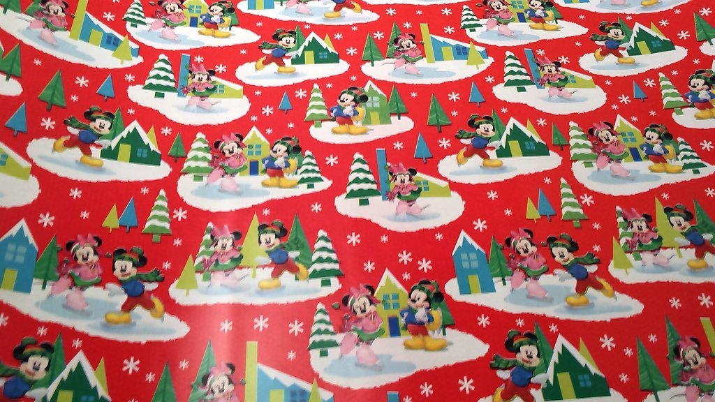 get quotations christmas wrapping minnie mickey mouse holiday paper gift greetings 1 roll design festive wrap disney
