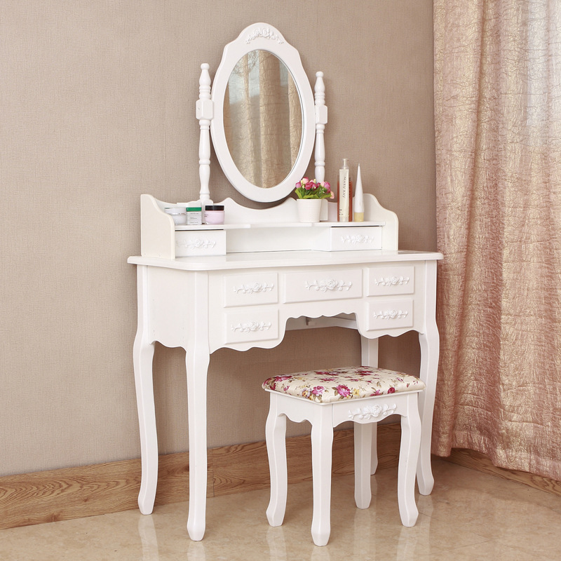make-up-tables-for-young-girls