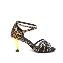Fashionable woman new arrival gold satin latin dance shoes made in China