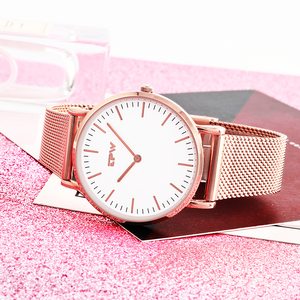 latest personalized small quantity odm ladies beautiful quartz movement women wrist watch