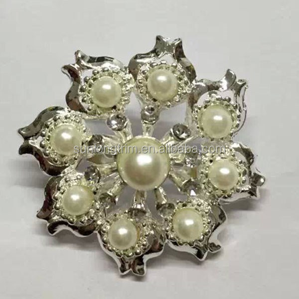 Round pearl beaded bridal brooch