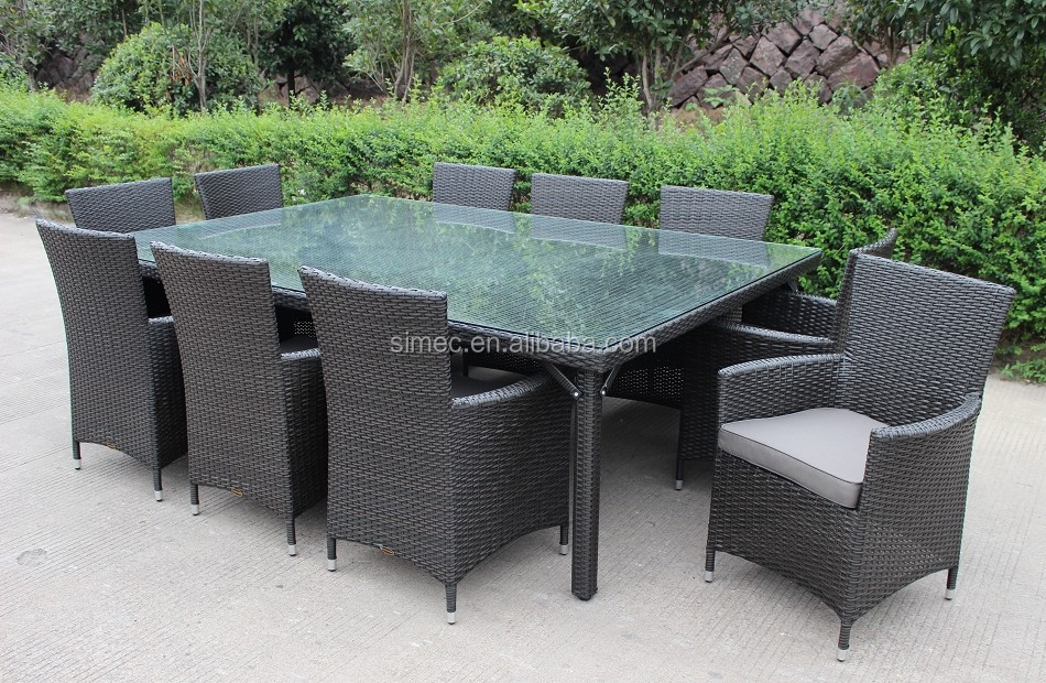 High quality outdoor rattan garden furniture dining table for Quality garden furniture