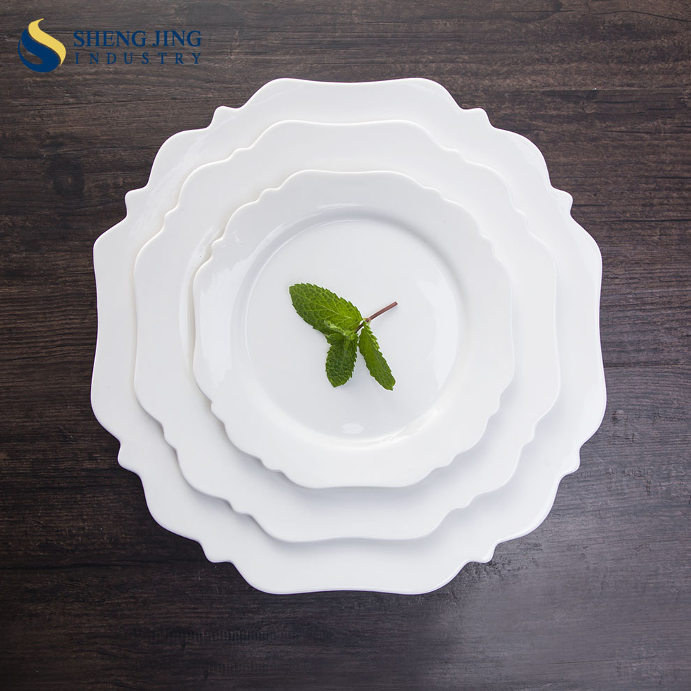 Customized Creative Dining Tableware Plain White Ceramic Flower Shaped Plates
