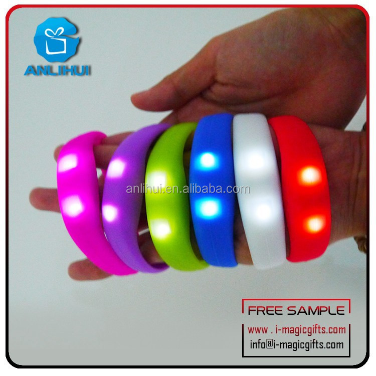 Factory price high quality 2015 Customize Led light shake activated silicon led bracelet