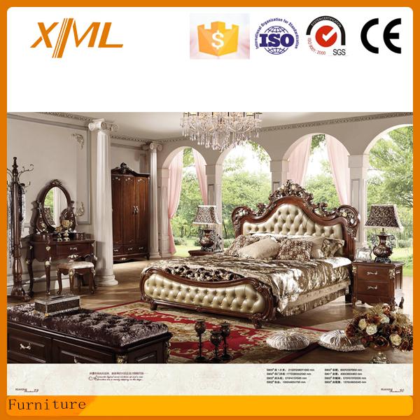 Classica camera da letto in stile francese letto id - Camera da letto francese ...